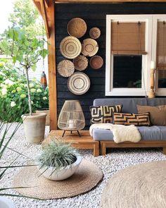 Outdoor Walls, Outdoor Living, Outdoor Furniture Sets, Outdoor Decor, Home Decor Inspiration, Garden Inspiration, Spanish Colonial Decor, Patio Wall Decor, Bohemian Patio