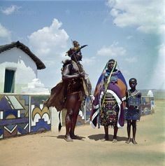Love your neighbour as you love yourself: Amandebele people of South Africa 8 pic.twitter.com/fMTk6ktjQy