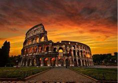 Amanece en el Coliceo de Roma-Italia