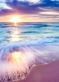 Waves on Beach in sunrise(set). Beautiful Sunset, Beautiful Beaches, Beautiful World, Beautiful Dream, All Nature, Nature Beach, Amazing Nature, Nature Water, Amazing Sunsets