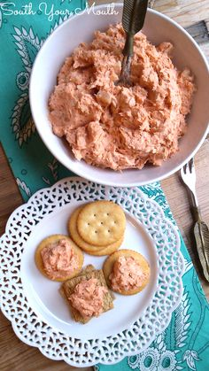 "*""South Your Mouth""Easy salmon spread perfect to serve with crackers or crudité. Pate Recipes, Fish Recipes, Appetizer Recipes, Cooking Recipes, Seafood Recipes, Dinner Recipes, Tapas, Salmon Dip Cream Cheese, Canned Salmon Recipes"