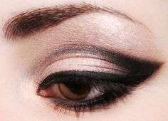 Pink & Black Eye Shadow