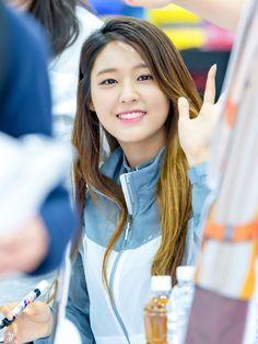 Seolhyun - 20160621 Kolping Fansign