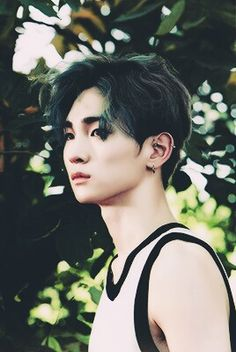 Kim Kibum of SHINee  Why is he so perf?