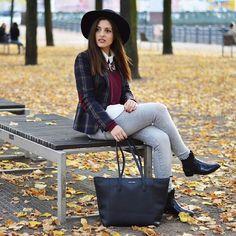 Full Look up on the Blog now: www.celebritiesandfashionnews.blogspot.de #fashionblogger #streetstyle #streetchic #berlin #leaves #colorful #autumn #fallfashion #fall #lookbook #fashionista #mango #blazer #zara #mango #luxuryfashion #ootd #lookoftheday #styleinspiration #hat #statementnecklace #zarafashion #love #bordeaux #city #style #chelseaboots #osco #fashion