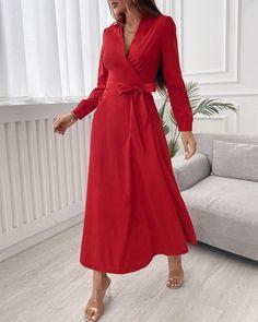 Wrap Dress Outfit, Red Wrap Dress, Maxi Wrap Dress, Maxi Dress With Sleeves, Wrap Dresses, Baggy Dresses, Casual Dresses, Modest Fashion, Fashion Dresses