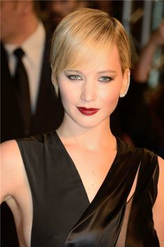 Jennifer Lawrence just will NOT quit with the perfect haircuts.