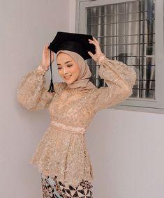 Model Kebaya Muslim, Model Kebaya Brokat Modern, Kebaya Modern Hijab, Dress Brokat Modern, Kebaya Hijab, Kebaya Dress, Dress Brokat Muslim, Dress Muslim Modern, Beanie Boos