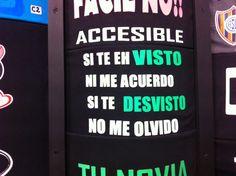 En Carlos Paz, podés comprarte estas remeras para quedar como el analfabeto más cool del mundo. Gracias Juan Pablo.