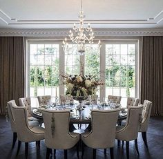 Best Mansion with cinema, pool and bottle cellar on sale for large round dining room table - Home Decor Ideas Family Dining Rooms, Dining Room Design, Dining Room Seating, Home Decor, Luxury Dining, House Interior, Elegant Dining Room, Round Dining Room Table, Dining Room Furniture