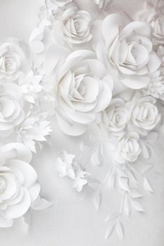 White Wedding Paper Flower Decor - White Paper Flowers This paper flower set of 24 Unique Large Paper Flowers + 15 paper leaves + 5 Paper Butterflies will cover around X space It includes: White Paper Flowers, Paper Flower Decor, Paper Flowers Wedding, White Wedding Flowers, Flower Wall Decor, Wedding Paper, Flower Decorations, Wedding White, Wall Flowers