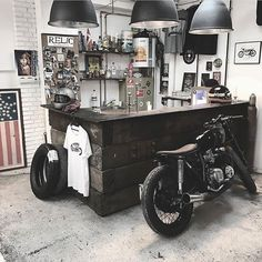 Loving the interior of this place over at the Relic Motorcycles workshop! #kaferacers  Via @relicmotorcycles ------- Follow @kaferacers for daily images ------- #garage #workshop #interior via @kaferacers