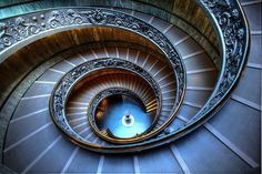 Vackra spiraltrappor