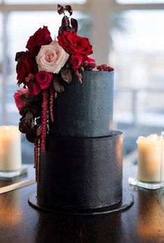 Wedding dresses, decor, and lots more. Blush Wedding Cakes, Wedding Cake Prices, Pretty Wedding Cakes, Pretty Cakes, Beautiful Cakes, Wedding Cake Designs, Bolo Fashionista, Halloween Wedding Cakes, Black Red Wedding