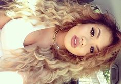 Blonde grown out (balayage / ombre) Love Hair, Great Hair, Gorgeous Hair, Weave Hairstyles, Pretty Hairstyles, Curly Hair Styles, Natural Hair Styles, Hair Laid, Up Girl