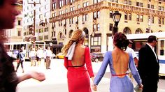 xoxo gossip girl  -- love gossip girl, love these dresses, and this whole scene. can't wait til this season begins!