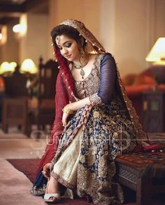 Wow what a great dress.. AsMa Lashari Baloch