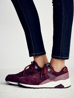 Trendy Women s Sneakers   Burgundy Trendy Womens Sneakers 62bdb7d155c