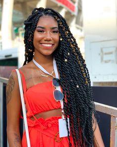 Braids Hairstyles Pictures, Faux Locs Hairstyles, Black Girl Braided Hairstyles, Black Girl Braids, African Braids Hairstyles, Baddie Hairstyles, Girls Braids, Twist Box Braids, Braids With Curls