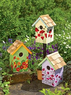 Colorful Painting Ideas for Handmade Birdhouses, Fun Yard Decorations and Unique Eco Gifts Colorful handmade birdhouse designs look beautiful on green branches and garden posts Decorative Bird Houses, Bird Houses Painted, Bird Houses Diy, Painted Birdhouses, Homemade Bird Houses, Bird House Plans, Bird House Kits, Birdhouse Designs, Birdhouse Ideas