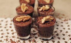 Brigadeiro de creme de avelã e chocolate com farofa de nozes - Receitas - GNT