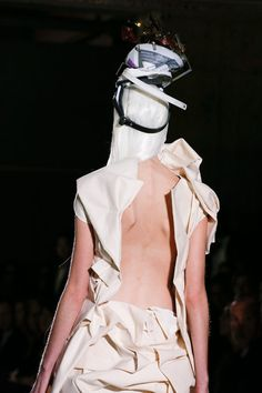 on-and-off-the-runway  Comme des Garcons details Spring 2013. Rei  KawakuboMens Fashion WeekRunway ... 78e0110aab4da