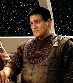 Trekkie In Argyle — marcygoomen: Maquis Chakotay ChakoDAY! Star Trek Voyager, Star Trek Tos, Star Trek Tribbles, Robert Beltran, Star Trek Crew, Jonathan Frakes, Watch Star Trek, Star Trek 1966, Sci Fi Tv Shows