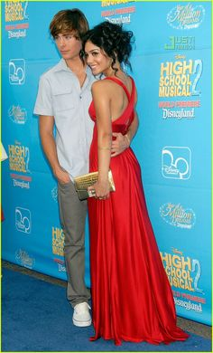 Zac Efron & Vanessa Hudgens (High School Musical 2 Premiere)