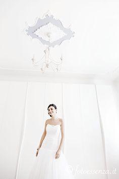 A happy bride. A fotoessenza Wedding