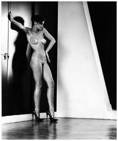 helmut-newton-sylvia-in-my-studio-paris-1981
