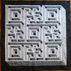 Awesome maze quilt! Wayne's Quilts  Pattern:  https://shop.americanquilter.com/kits-patterns/4712-labyrinth-walk-pattern.html