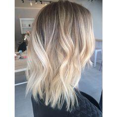 "193 Likes, 26 Comments - Paris (@hairbyparisrose_vivalablonde) on Instagram: ""✨✨✨✨ #blonde #olaplex #wellalife #wella #vivalablonde #foilmefoils"""