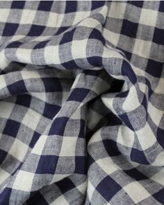 Beautiful medium weight linen in navy and beige gingham. This fabric would be perfect for all kinds of summer makes, we're lusting after a elegant shift dress in this one. Viscose Fabric, Linen Fabric, Gingham, Beige, Pure Products, Navy, Elegant, Medium, Summer