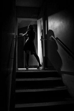 Betrayal in Showcase of Film Noir Photography Film Noir Photography, Shadow Photography, Photography Women, Black Widow, Black White, Light And Shadow, Hollywood Glamour, Betrayal, Mafia