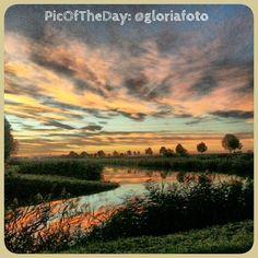 Meravigliosa foto con panorama mozzafiato del Parco del #DeltaPo, #ValleSanta   Complimenti e grazie a @gloriafoto [via @turismoER]