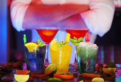 Entertain Your Friends With Delicious Cocktails Like a Pro Bartender With Microbar (UK Only) - Wise Buys Online Shopping Casino Party Foods, Casino Night Party, Casino Theme Parties, Themed Parties, Snacks For Work, Healthy Work Snacks, Healthy Dog Treats, Healthy Options, Triple Sec