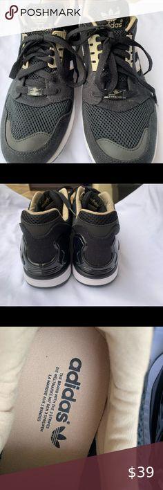 NEW Nike Free Train Virtue Sneakers Grey 9 NWT