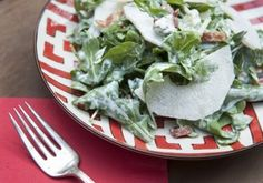 Arugula and Asian Pear Salad With Blue Cheese Dressing