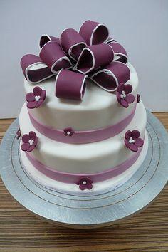 Burgundy ribbon flower mini wedding cake 2 by CAKE Amsterdam - Cakes by ZOBOT, via Flickr