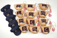 capacitos y gorras para niñas y niños invitados a una comunión