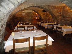 Magadins Vell restaurant ,un espai per gaudir de cuina catalana i productes del territori Moianès