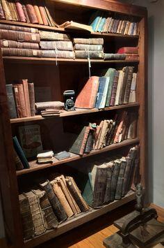 Biblioteca antigua de Asunción-Paraguay