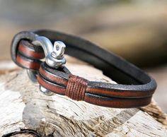Brown Leather Bracelet with a Nautical Grade Omega Shackle Clasp Mens Leather Necklace, Diy Leather Bracelet, Men Necklace, Leather Jewelry, Leather Wallet, Metal Jewelry, Pendant Necklace, Bracelet En Cuir Diy, Bracelet Clasps
