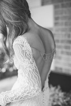 29 Back Wedding Necklaces – The Hottest Trend Right Now: #3. Boho necklace attached to the dress