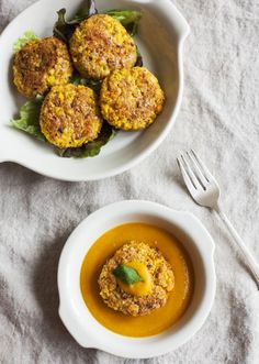Yellow Split Pea and Millet Cakes with Carrot Miso Sauce 11 Healthy Grains, Grain Foods, Raw Vegan, Main Meals, Raw Food Recipes, Entrees, A Food, Food Processor Recipes, Clean Eating
