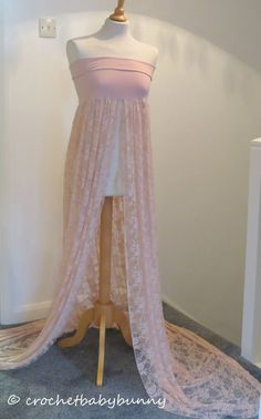 PHOTOGRAPHY PROP MATERNITY GOWN DRESS BLUSH LACE