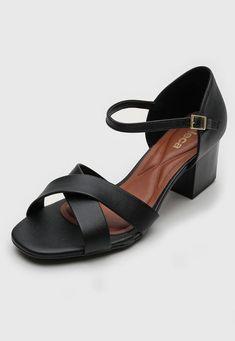 Sandália Moleca Transpasse Preta - Marca Moleca Shoes, Products, Fashion, Tomboy, Black, Painting Veneer, Top Coat, Brazil, Moda