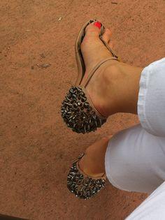 Sandal-stud love