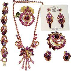 Vintage Juliana Purple Chalk 2 Necklaces Bracelet Brooch 2 Pr Earrings D&E Book Set Gold Costume Jewelry, Vintage Costume Jewelry, Rhinestone Jewelry, Vintage Rhinestone, Vintage Brooches, Antique Jewelry, Vintage Jewelry, Topaz Jewelry, Walmart Jewelry
