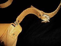 Cuero artesanal: rosetón de cuerna